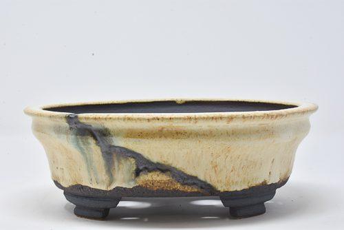 cream textured pot